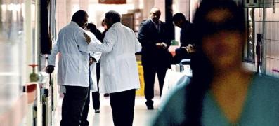 Imagen-Tematica-medicos-Hospital0265