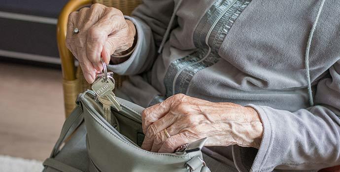 1-dia-mundial-alzheimer-demencia-hidrocefalia-cronica-adulto-memoria-quiron-torrevieja